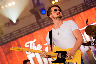 Chase Bryant Performs in Toronto