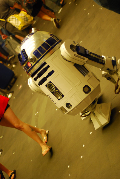 R2-D2 made the rounds at the show.