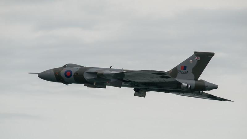 Vulcan VH588, Bournemouth Air Festival 2014