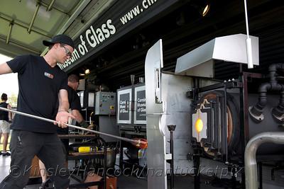 12HotGlass0809_0002