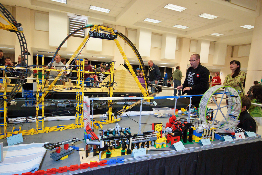 1210_BrickCon2012_00097