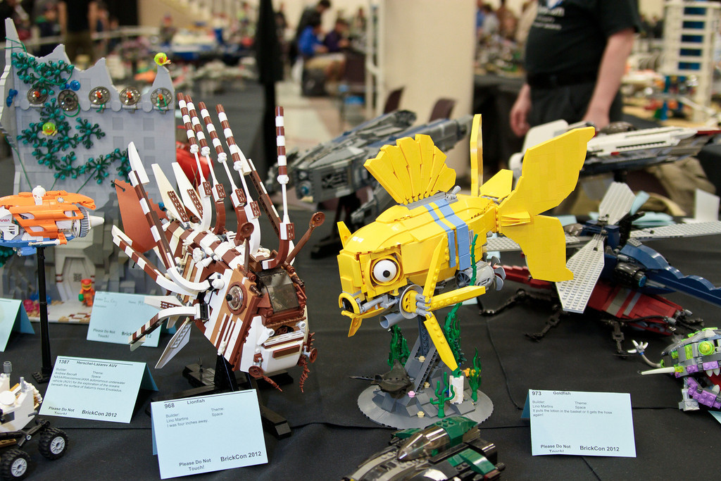 1210_BrickCon2012_00042