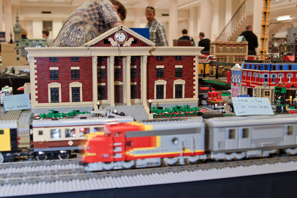 1210_BrickCon2012_00003