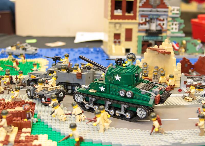 1210_BrickCon2012_00086