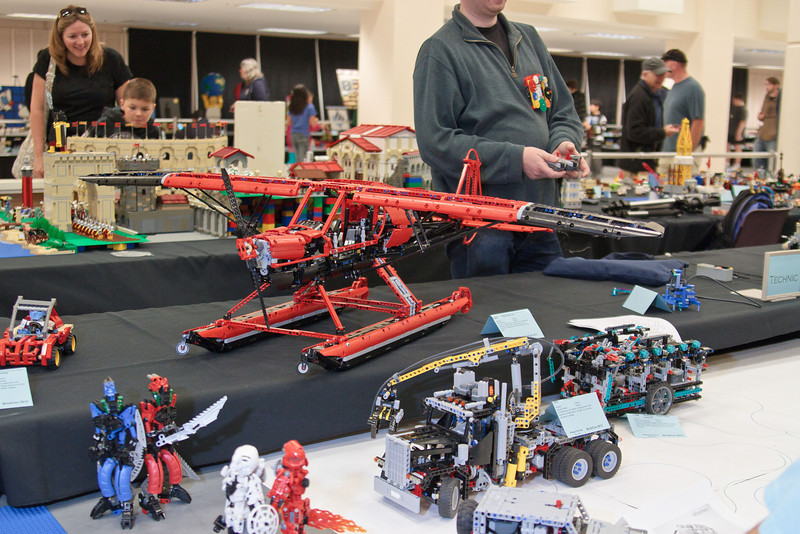 1210_BrickCon2012_00059