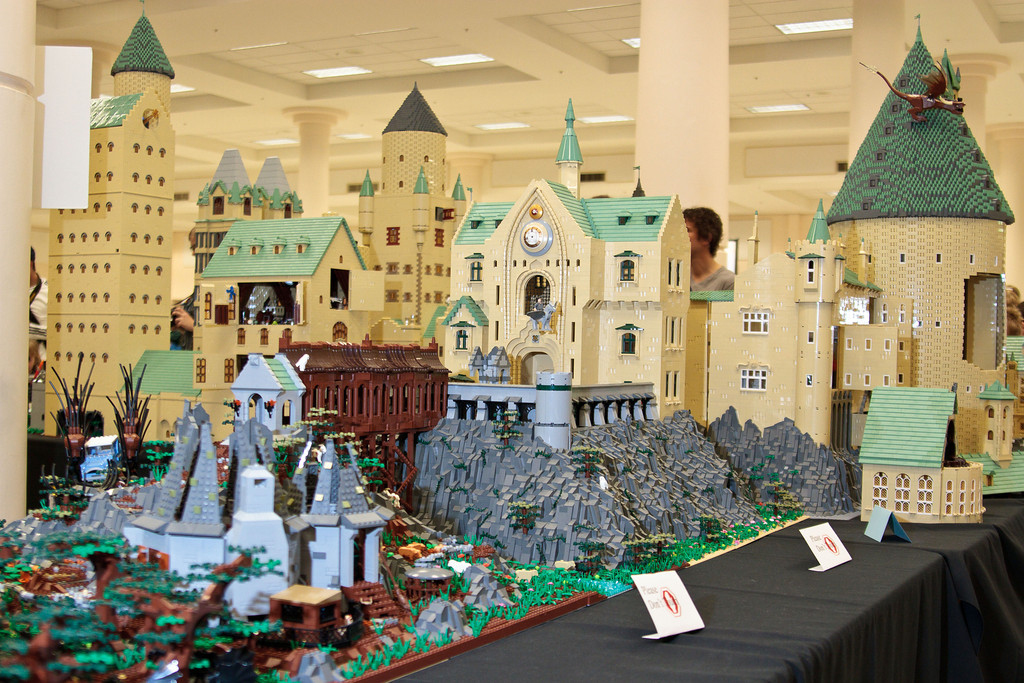 1210_BrickCon2012_00036