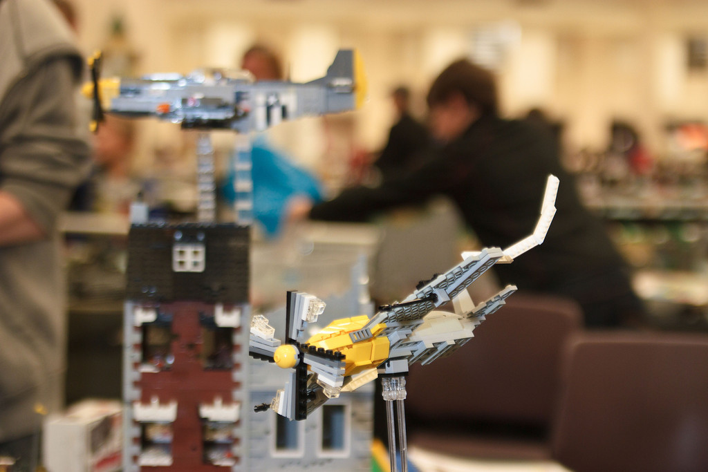 1210_BrickCon2012_00016