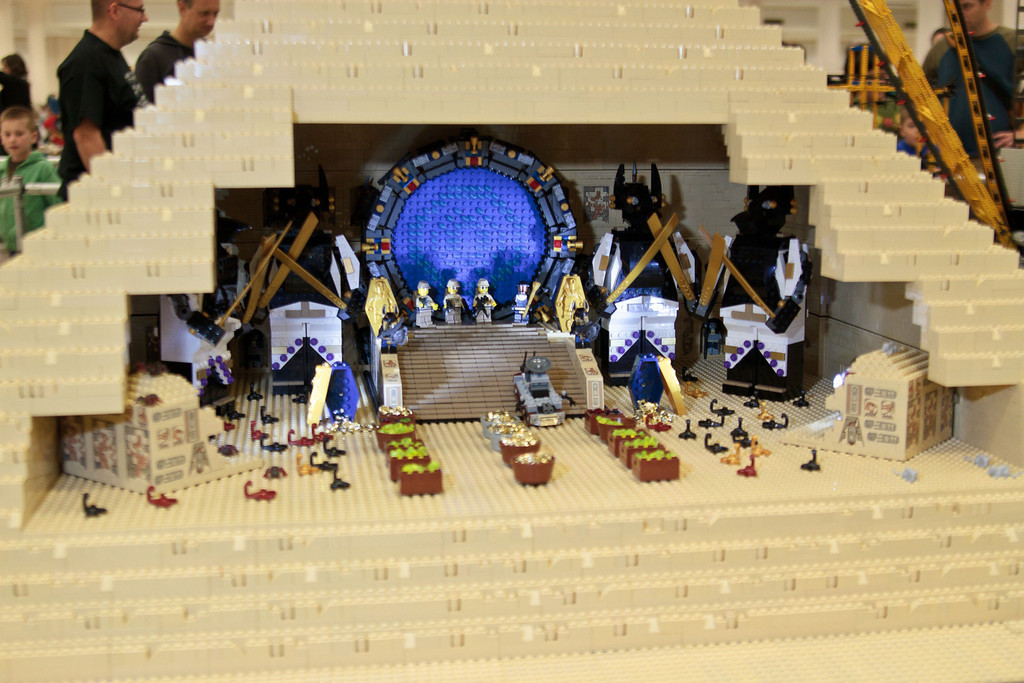 1210_BrickCon2012_00062