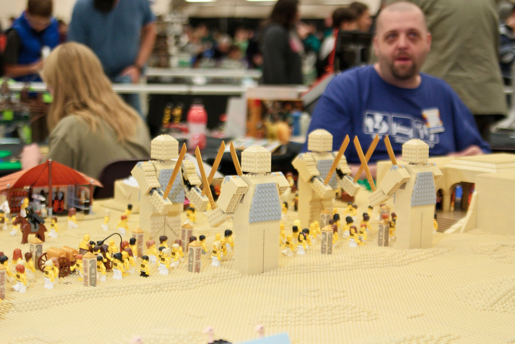 1210_BrickCon2012_00063