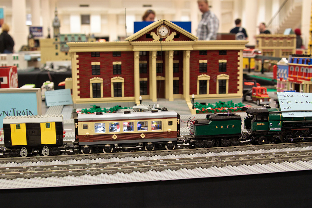 1210_BrickCon2012_00002