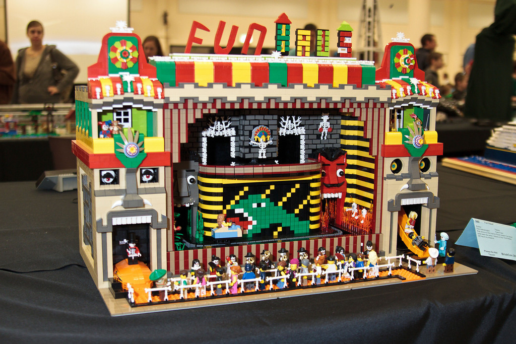 1210_BrickCon2012_00029