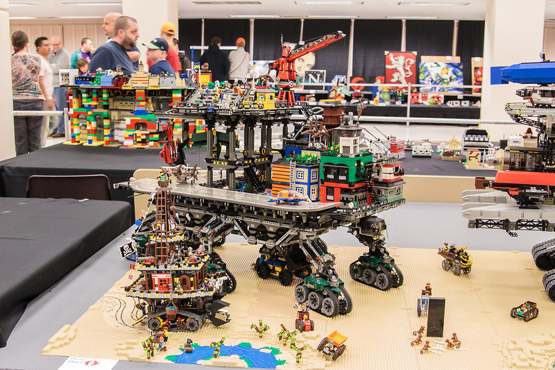 BrickCon2013_100613_4107
