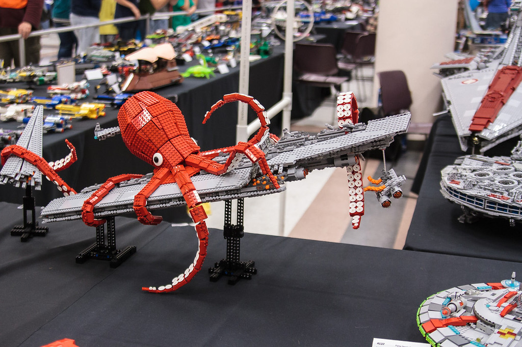 BrickCon2013_100613_4125