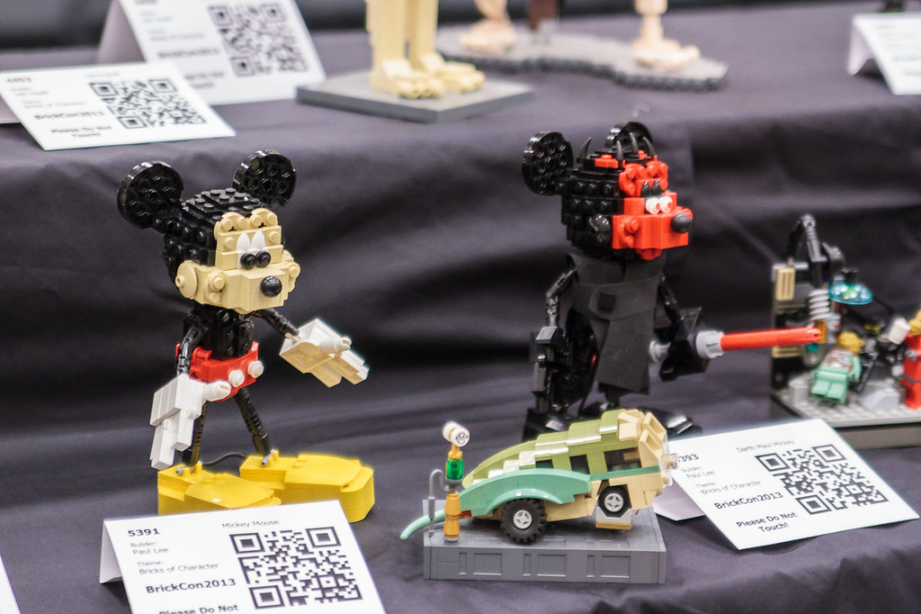 BrickCon2013_100613_4134