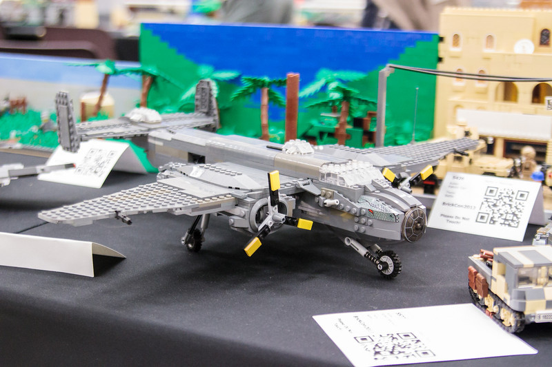 BrickCon2013_100613_4086