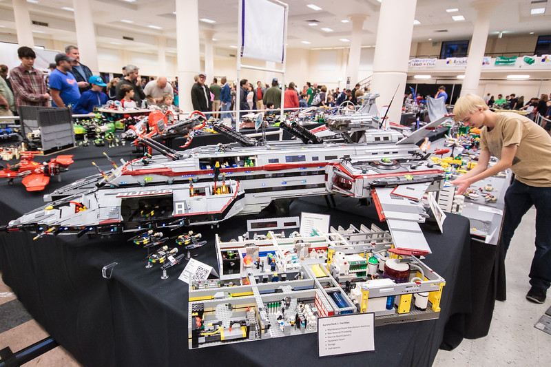 BrickCon2013_100613_4149