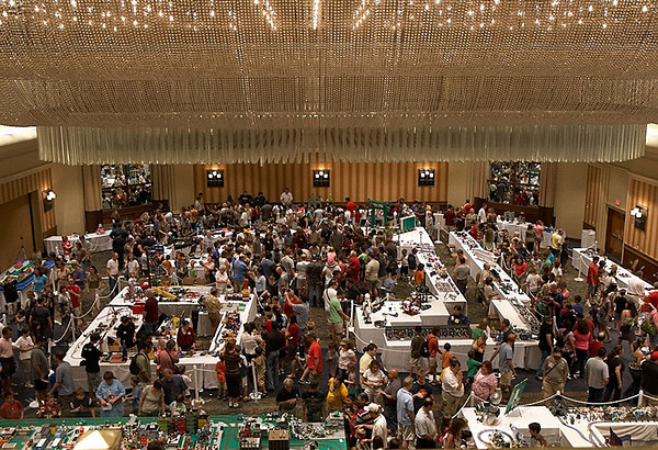 This shot shows the majority of the main show space. It's a bit crowded.