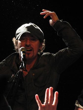 Bruce at Light of Day - December 2006