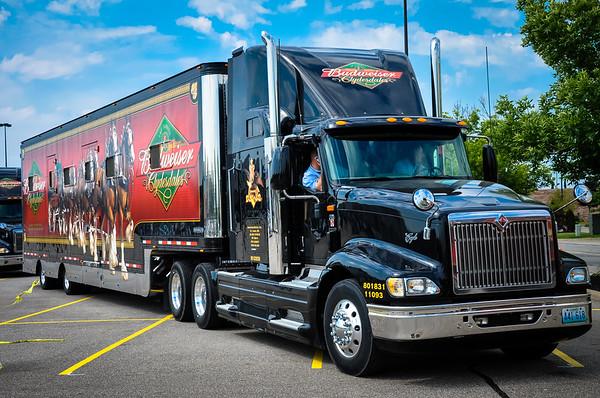Budweiser Clydesdales International Truck