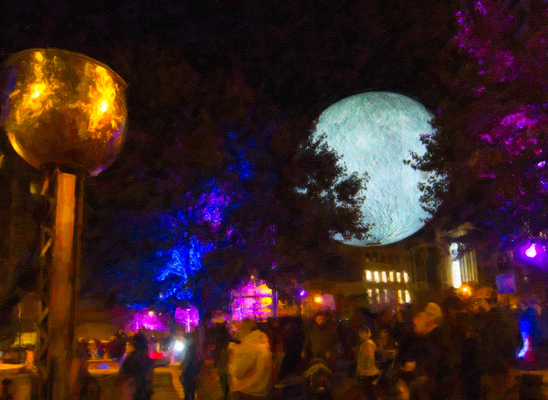 00aFavorite 20191102 (2029) 'Bull Moon Rising' installation, Durham NC - [SnapArt4] (image by Dilip Barman)