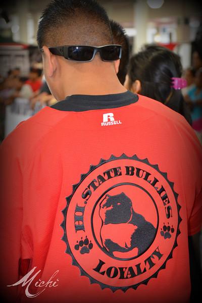 Bully Dog Show in Hawaii