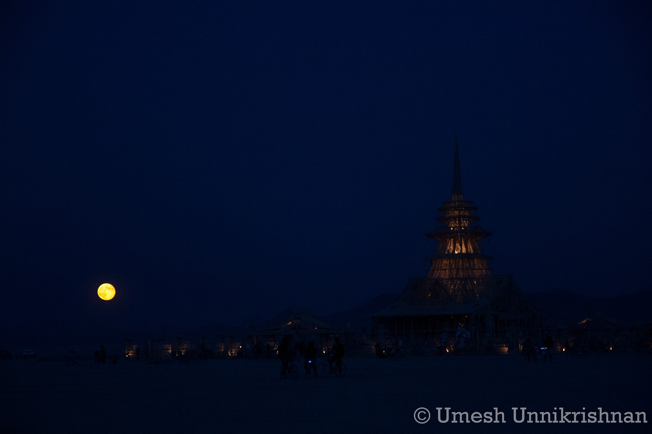 The temple and the blue moon