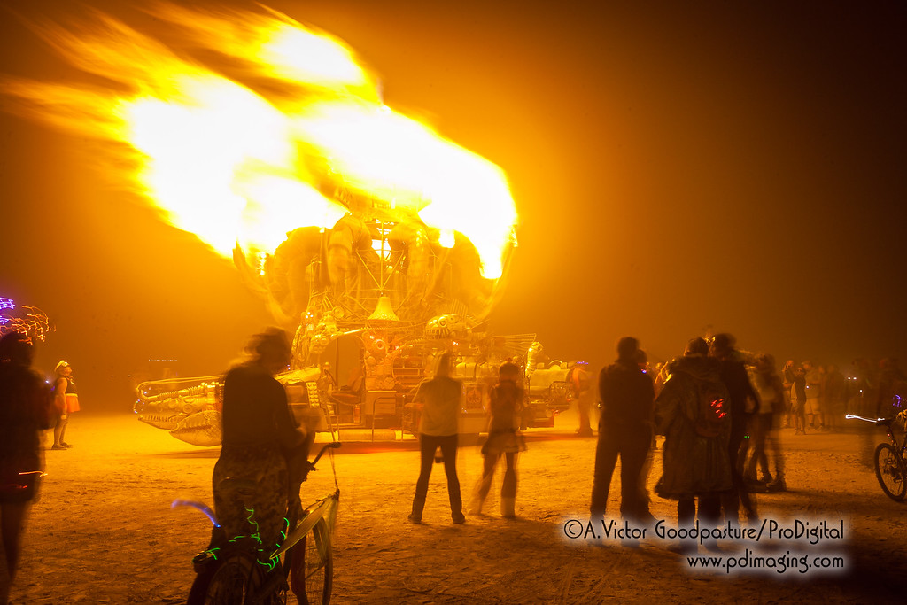 The art cars with fire effects do give a nice warmth on the chilly nighttime playa.