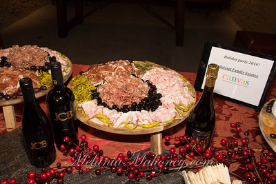 2016_12 7_CAN Holiday Petroni-012_FR