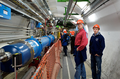 Roel and Lennart in the LHC accelerator.