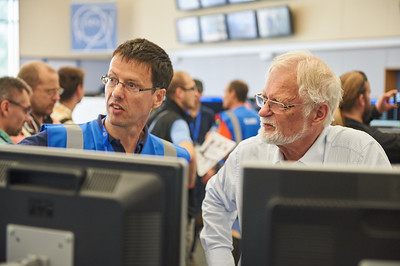 Visitors in CERN Control Center (CCC).