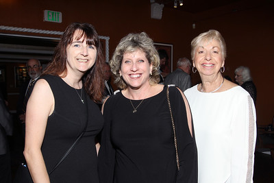 IMG_9283 Amy Robbins,Lana Rosenzweig & Josephine Kuczenski