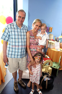 0653-Lucy Guffey and Family