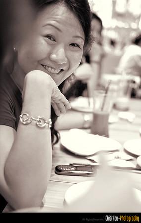 Kim Chin posing for a shot