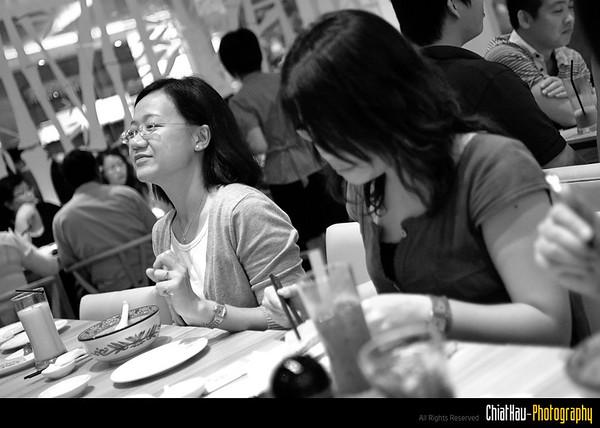 Ohhh Chet Peng finish her fruitful meal.