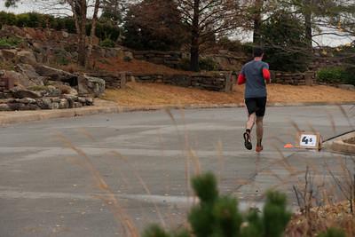 0.5 Km left for Kieren Underwood. Will he break the record he set last year? #SwansInFlight5K 2015