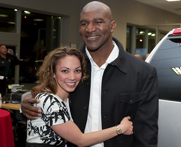 Yep the one and only incredible Evander Holyfield in this image. Evander still boxes! He has too. Just like Tyson, Holyfield has blown through $230 Million dollars. Currently has a net worth of $500,000 according to http://www.celebritynetworth.com/richest-athletes/richest-boxers/evander-holyfield-net-worth/ I really like the guy. And it's just so say. Though he seems in pretty good spirits. Only say around eyes alittle.