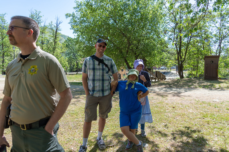 2me260-2019-05-04 Coloma Pioneer Day -0477