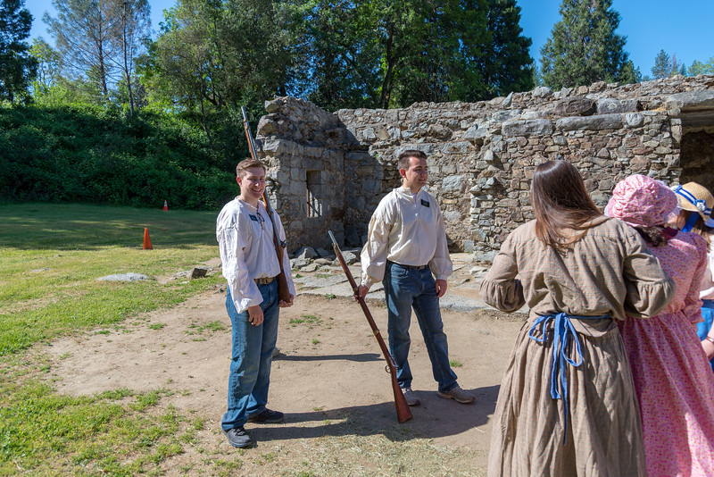 2me082-2019-05-04 Coloma Pioneer Day -0361