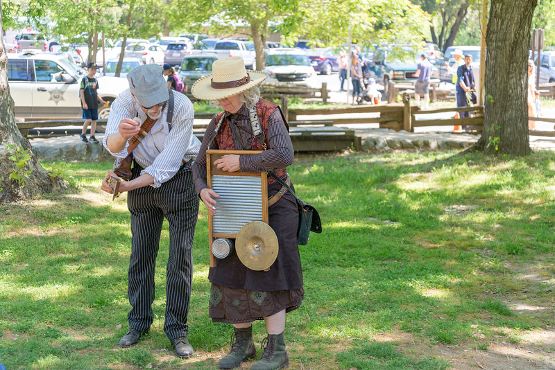 2me405-2019-05-04 Coloma Pioneer Day -0524