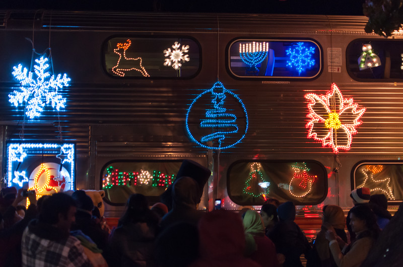1312_holiday_train_068.jpg