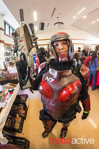 Mass Effect Cosplayer