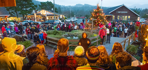 Cannon Beach in Lights 2016