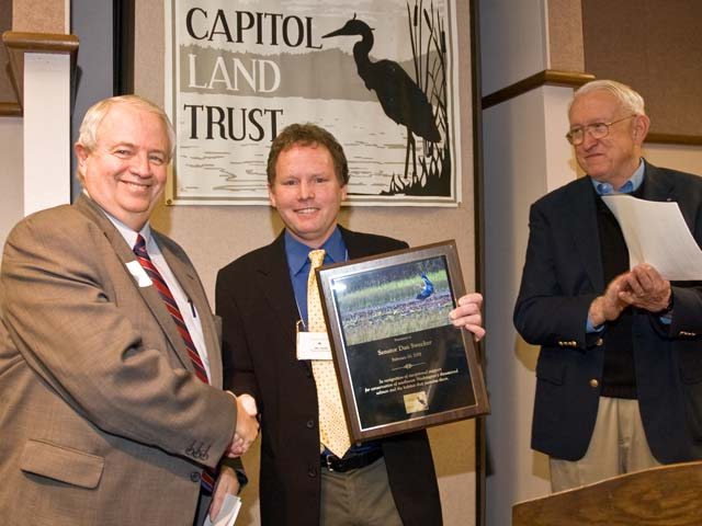 Senator Dan Swecker, Eric Erler - CLT Executive Driector & Ralph Munro<br /> CLT08-164<br /> <br /> NOTE:  To order, see higher quality, uncropped version of this image on a later page.