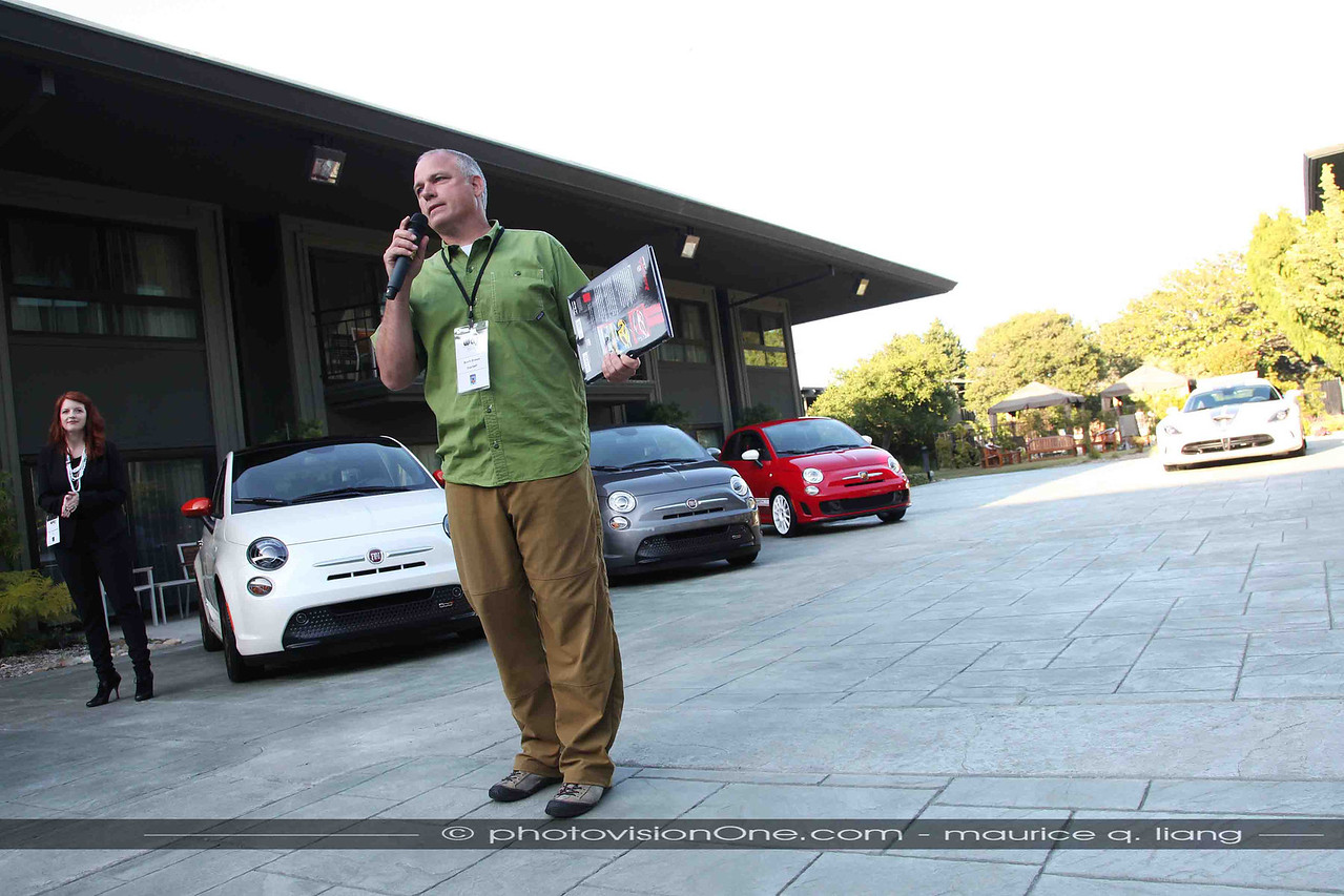 Scott kicks off the presentation by introducing the representatives from SRT and Fiat.