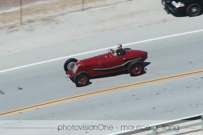 The would-be Maserati race car parade cars.