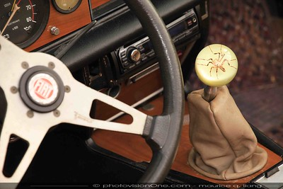 "Shift knob in a Fiat ""Spider""."
