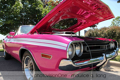 Panther Pink '71 Challenger R/T convertible.
