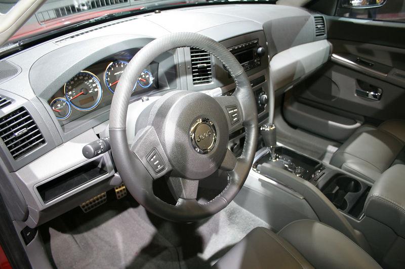 Jeep - Grand Cherokee SRT