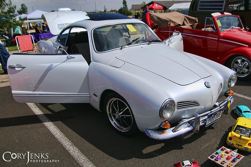 IMAGE: https://photos.smugmug.com/Events/Car-Shows/2017-Infamous-AirCooled-Car-Show/i-Sfq2xWr/2/d0b156b4/L/IMG_0038A-L.jpg