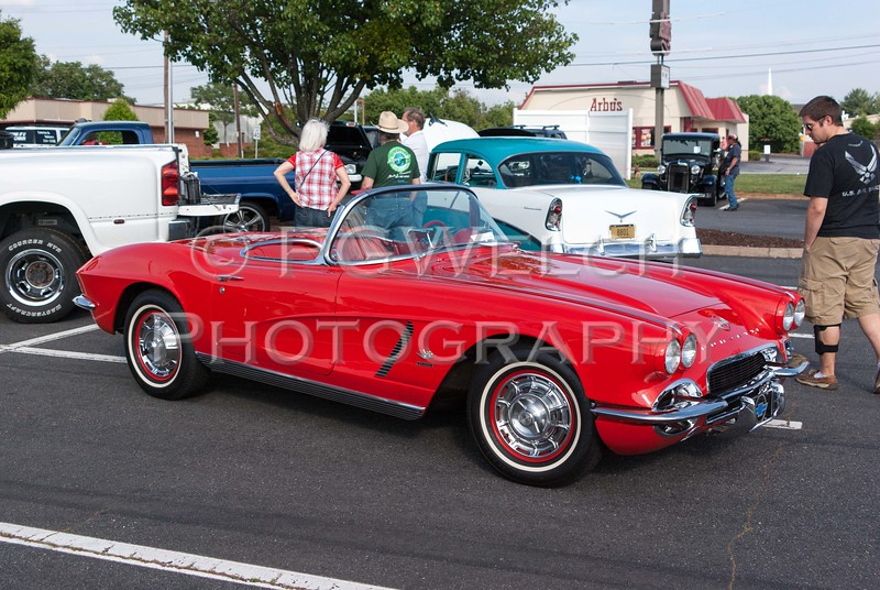 MWoT Cruise-In - 20130517 - 180908